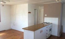 Flat To Rent in Abbotsford, East London