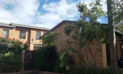 Duplex To Rent in Claremont, Cape Town