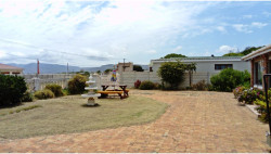 House To Rent in Fisherhaven, Hermanus