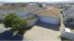 House For Sale in Parklands, Blouberg