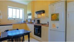 Apartment For Sale in Oranjezicht, Cape Town