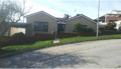 House For Sale in Steytler, Port Elizabeth