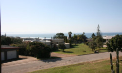 Townhouse For Sale in Central Jeffreys Bay, Jeffreys Bay