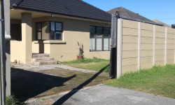 House For Sale in Belmont Park, Kraaifontein