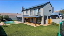 House To Rent in Serengeti Lifestyle Estat, Kempton Park