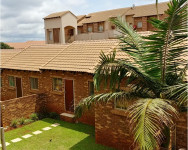 Flat To Rent in Olympus, Pretoria