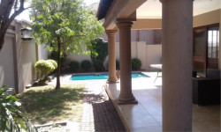House To Rent in Aerorand, Middelburg