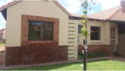 House To Rent in Kathu, Kathu