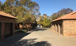 Duplex To Rent in Silver Lakes Golf Estate, Pretoria