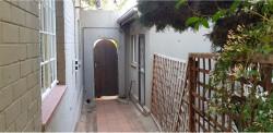 Garden Cottage To Rent in Melville, Johannesburg