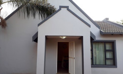 House To Rent in Pierre Van Ryneveld, Centurion