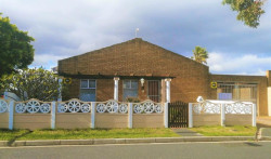 House For Sale in Ottery, Cape Town