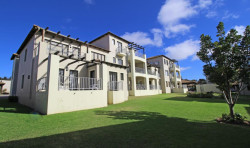 Apartment For Sale in Plettenberg Bay Central, Plettenberg Bay