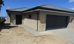 Duet For Sale in Dana Bay, Mossel Bay