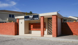 Duplex For Sale in Humewood, Port Elizabeth