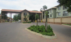 Flat For Sale in Lephalale, Lephalale