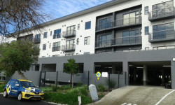 Apartment To Rent in Diep River, Cape Town