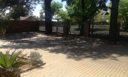 House To Rent in Edelweiss, Springs