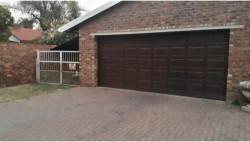House To Rent in Aerorand, Middelburg