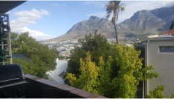 Apartment To Rent in Tamboerskloof, Cape Town