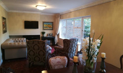 Apartment To Rent in Pinelands, Cape Town