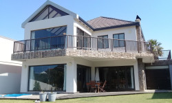 House For Sale in Royal Alfred Marina, Port Alfred