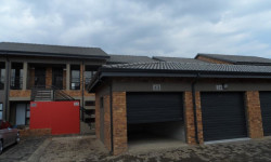 Townhouse To Rent in Beyerspark, Boksburg