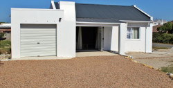 House To Rent in Struisbaai, Struisbaai