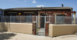 House For Sale in Woodlands, Mitchells Plain