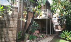 Townhouse To Rent in Florida Hills, Roodepoort