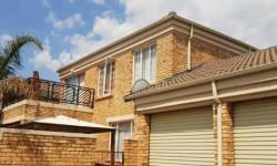 Cluster To Rent in Honeydew Manor, Roodepoort