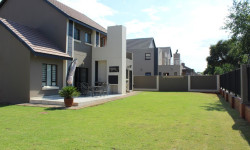 Townhouse For Sale in Melodie, Hartbeespoort