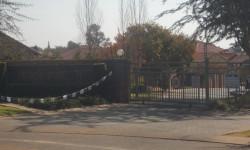 Simplex To Rent in Theresapark Ext, Pretoria