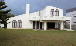 House For Sale in Struisbaai, Struisbaai
