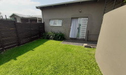 Garden Cottage To Rent in Wonderboom South, Pretoria