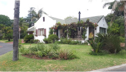 House For Sale in Paarl South, Paarl