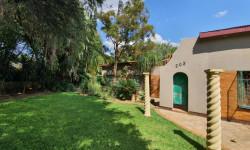 House For Sale in Claremont, Pretoria