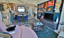 Apartment For Sale in Sea Point, Cape Town
