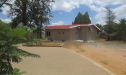 House For Sale in Pioniers Park, Windhoek
