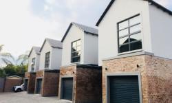 Duplex For Sale in Brooklyn, Pretoria