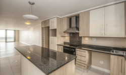 Apartment For Sale in Humewood, Port Elizabeth