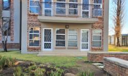 Apartment For Sale in Van Der Hoff Park, Potchefstroom