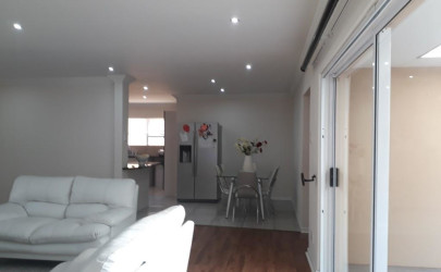 3 Bedroom House For Sale In Beacon Bay East London