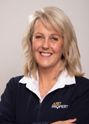 Theresa Janse van Rensburg - Intern