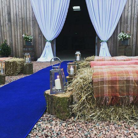 Rustic Romance in the Estate Barn
