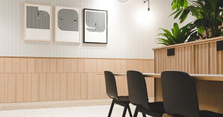 Affordable stylish meeting room