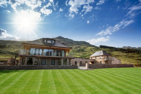 Carrick Castle Estate, Lodge & Barn Beautiful lawn perfect for a marquee