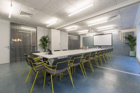 Massive Training Boardroom
