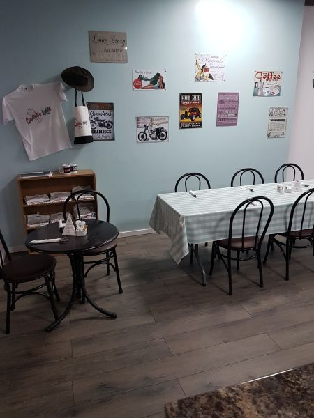 1950's American Cafe for Hire Larger table options