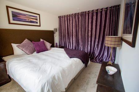 Carrick Castle Estate, Lodge & Barn Dou